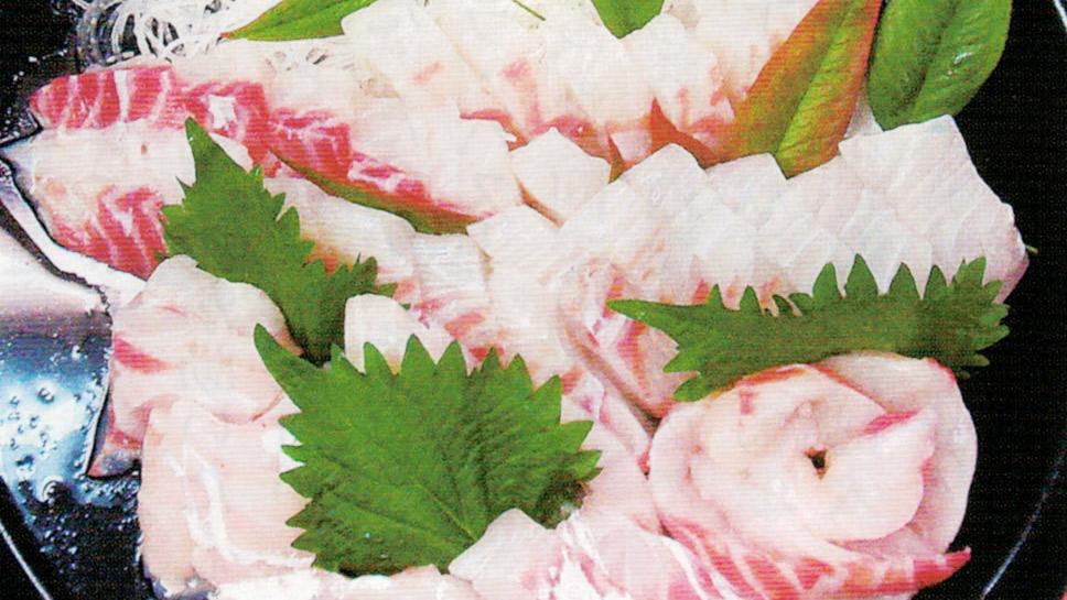 ニオイワンダフルで試験区の鯛の刺身は磯の香りがしてコリコリしておいしいです。