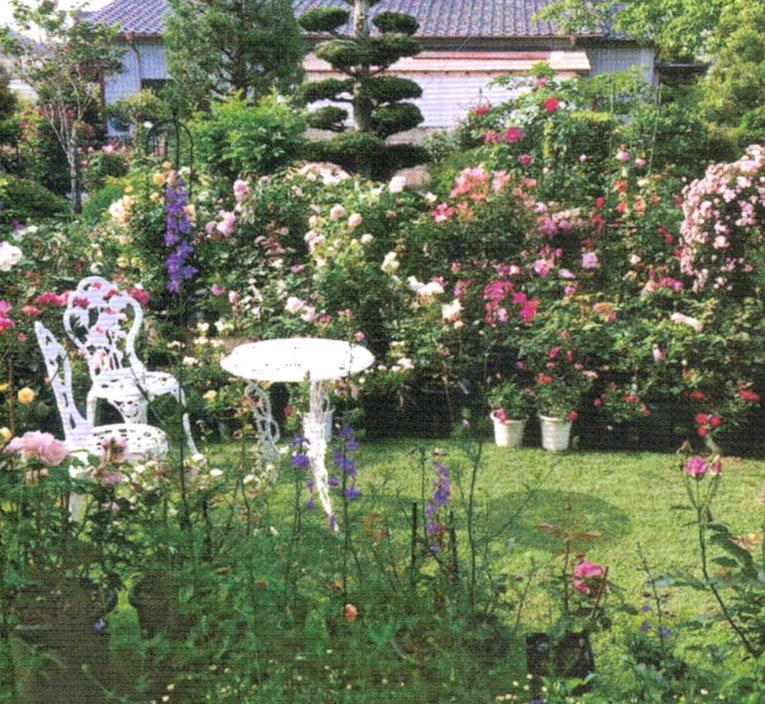 フラワーアレンジメントの知識を生かした庭のレイアウト